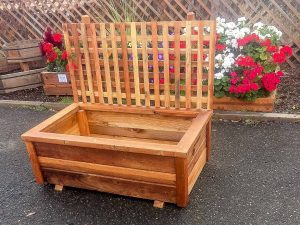 4 foot free standing redwood planter box with 4 x 4 lattice