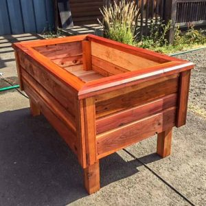 6' Elevated Free Standing Redwood Planter Box